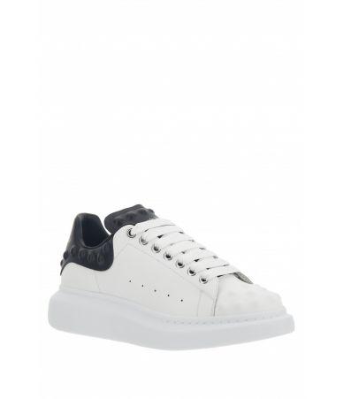 Alexander McQueen, Oversized Sneaker Studded, White, 3561121WHGP59061