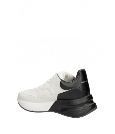 Alexander McQueen, Oversized Runner Sneaker, 3535530WHRU39034