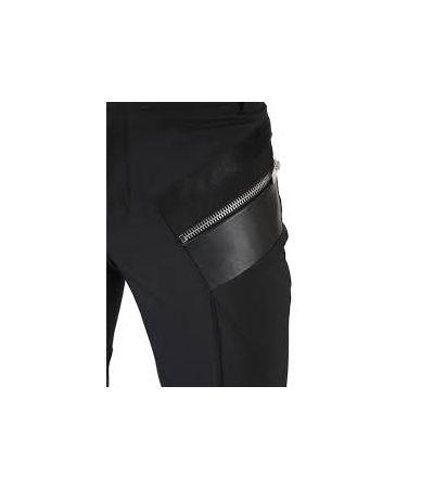 Pantaloni barbati, Les Hommes