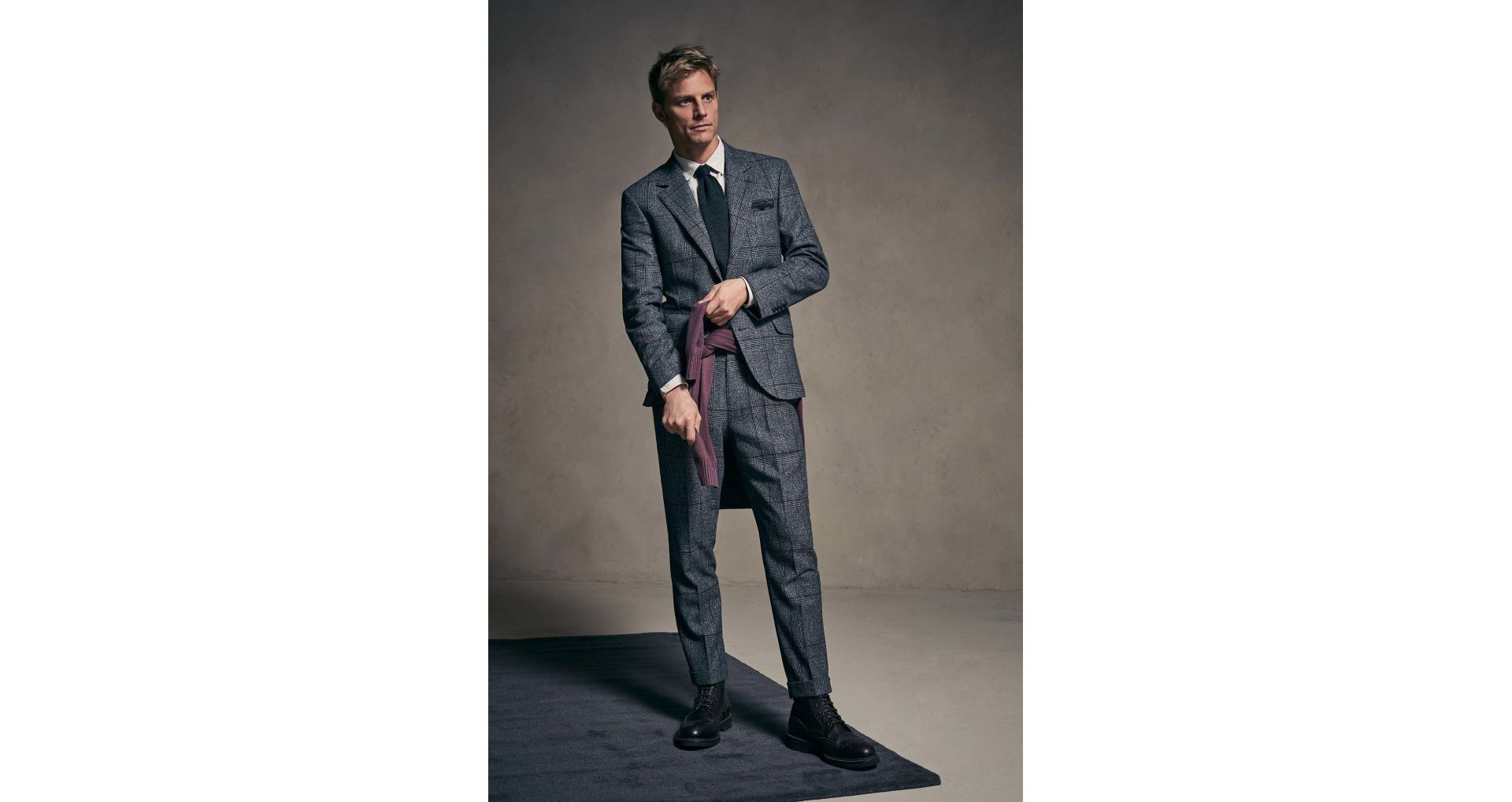 Men's suits from the big fashion houses in the world